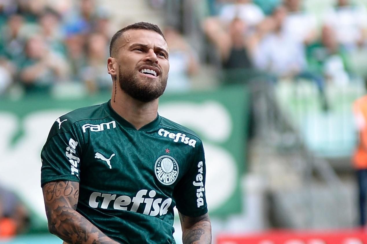 Denilson diz que não existe mais espaço para jogadores como Lucas Lima, do  Palmeiras – Notícias 365Scores
